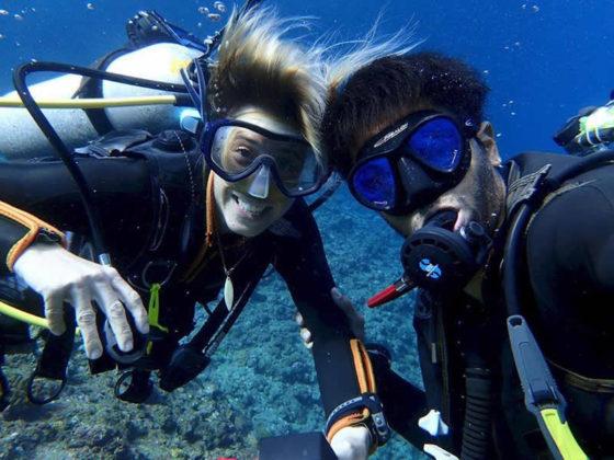 &nbspOs mergulhadores Pedro e Andréa