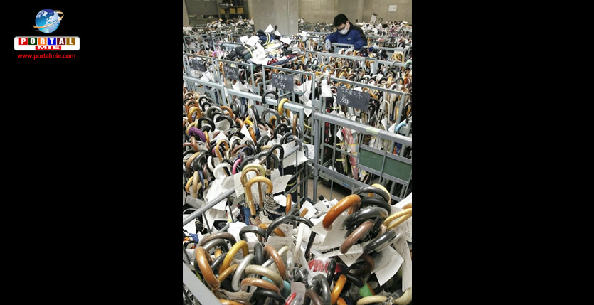 &nbspMilhares de guarda-chuvas esquecidos se acumulam em departamentos da polícia no Japão