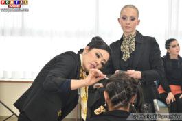 make pro saitama 2017-02-12 Mariana avaliando a maquiagem