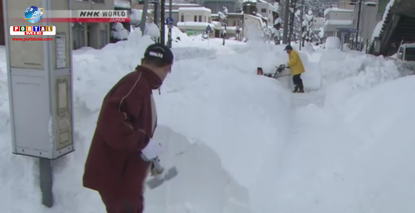 &nbspRemoção de neve continua em Tottori