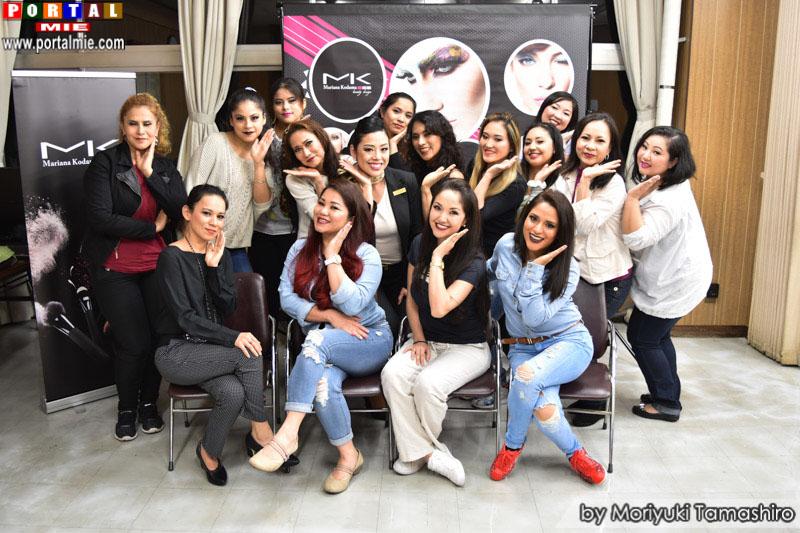 Participantes do curso de automaquiagem gamagori 2017-05-13 (90)