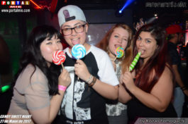 Pessoal curtindo a Candy Party sonic club