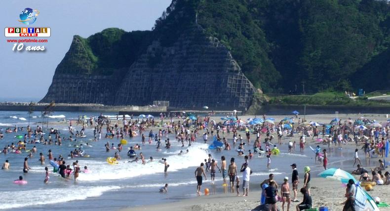 &nbspPraia mais popular em Fukushima reabre pela 1ª vez desde março de 2011