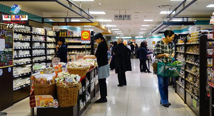 &nbspSupermercados e lojas de conveniência no Japão estão baixando os preços de produtos