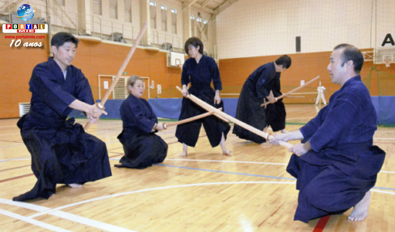 &nbspBrasileiros de Izumo aprendem kendo