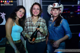 Tropicana Night&nbspBailão Sertanejo no Tropicana Club