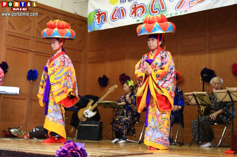 26-11-2107 Festival Homihachiman by Portal Mie (334)