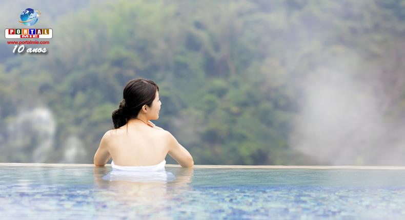 &nbspBanho em águas termais com roupa: prática é mais confortável para alguns estrangeiros