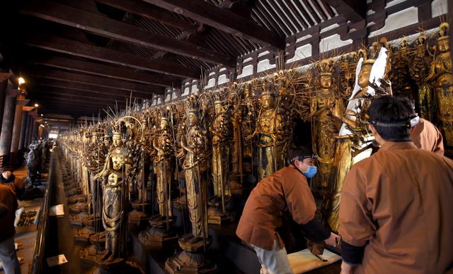 &nbspDepois de 45 anos termina o reparo das 1001 deusas do templo