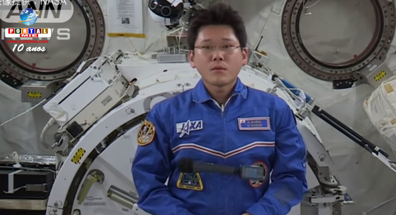 Astronauta cresce nove centímetros e receia não caber na cápsula de regresso