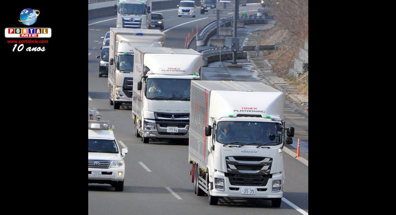 &nbspÚnico motorista controla velocidade e sistema de freios de 3 caminhões
