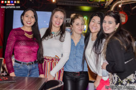 The Red Sports Bar&nbspFeijoada com Pagode no The Red Sports Bar
