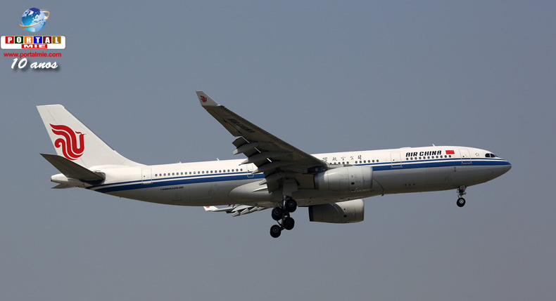 &nbspAvião é desviado na China após passageiro fazer membro da tripulação refém