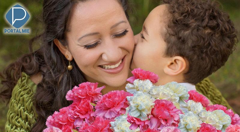 &nbspPor que cravos no Dia das Mães?