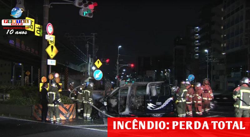 &nbspPerda total do táxi com o incêndio, em Nagoia