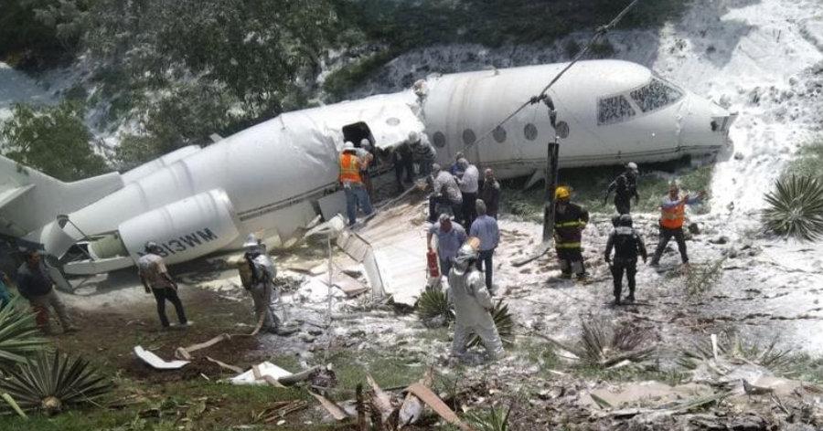 &nbspAvião cai em área residencial de Honduras e todos se salvam