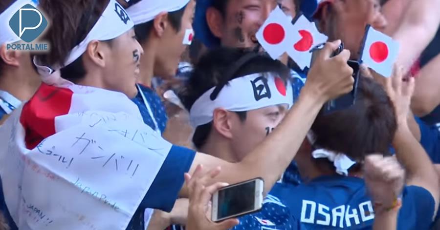 &nbspCopa do Mundo: torcedores japoneses impressionam ao limpar estádio após jogo