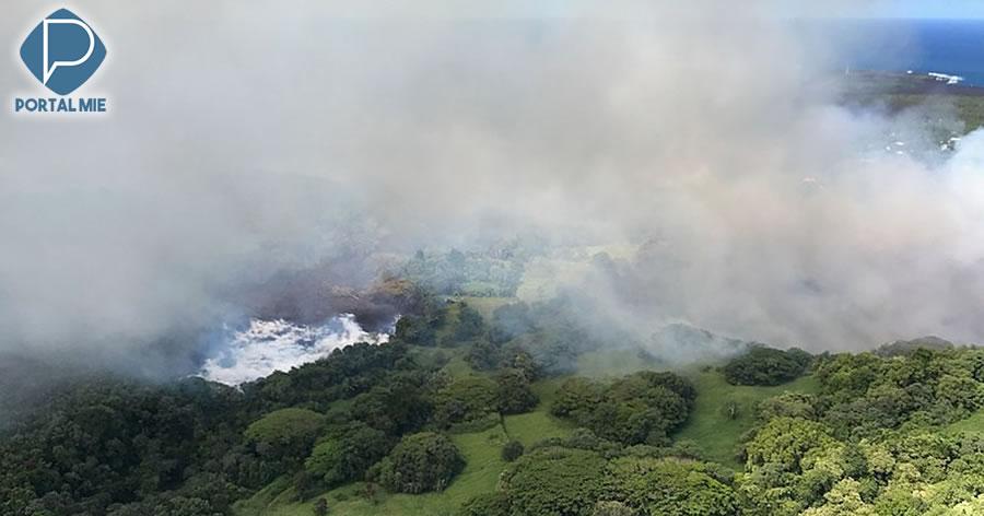 &nbspMaior lago do Havaí evaporou dentro de horas pela lava do vulcão Kilauea
