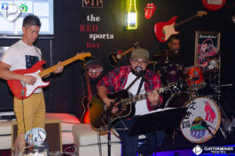 The Red Sports Bar&nbspAcoustic Night no The Red Sports