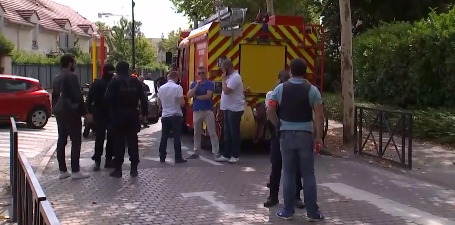 &nbspAtaque em Trappes, perto de Paris, termina com 2 mortos