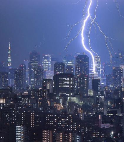 &nbspMídia social captura massiva tempestade que pegou a região Kanto de surpresa