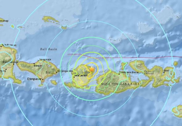 &nbspPelo menos 12 mortos em ilhas da Indonésia após fortes terremotos de domingo