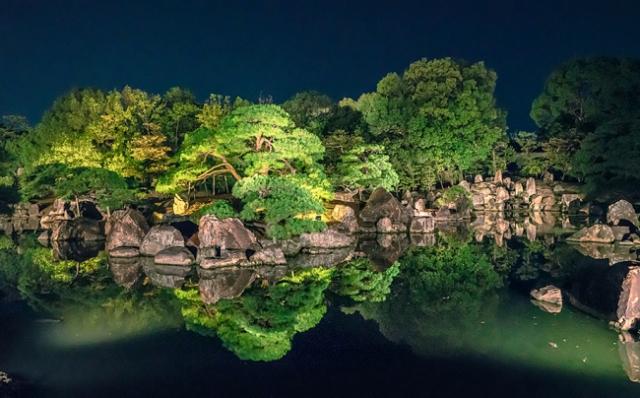 &nbspFestival de luzes no Castelo de Nijo